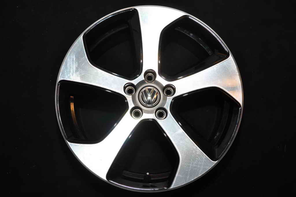 Jante Originale VW Golf 7 7.5J 18 inch ET49 Austin bicolor 012