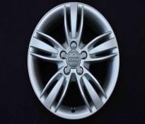 Jante 17 inch Originale Audi Q3 8U R17 8U0601025P